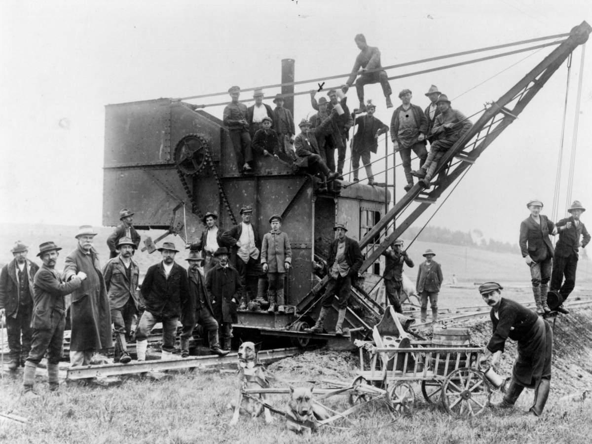 Bau der Lokalbahn 1914