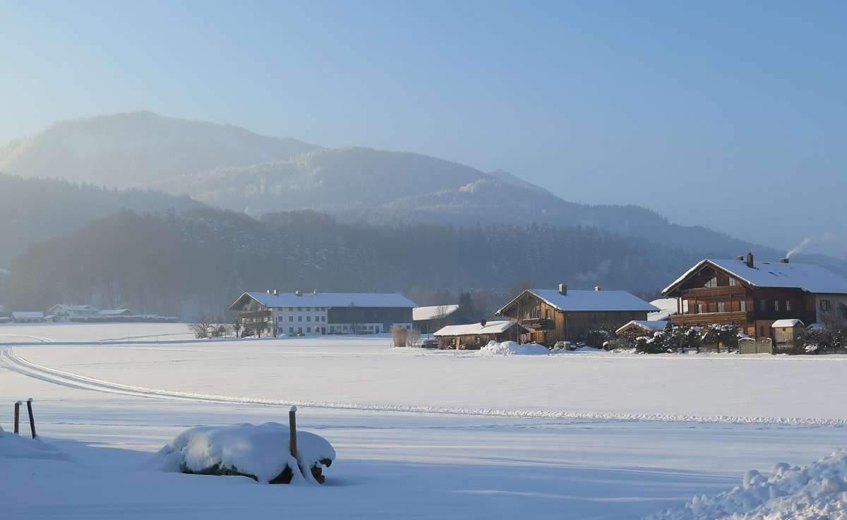 Frasdorf Südseite Winter ©Brigitte Kolbeck
